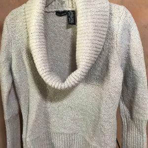 Mods intl. Wool sweater